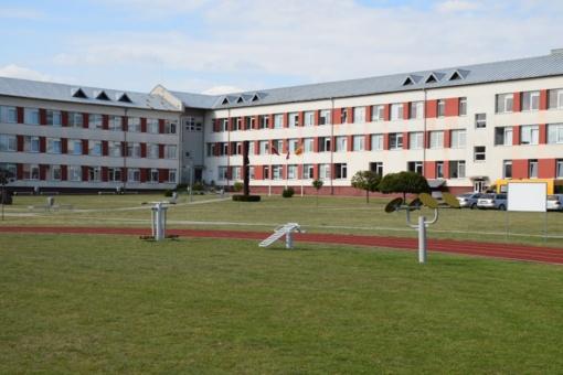 Lazdijų rajono savivaldybės bazine mokykla paskirta Lazdijų Motiejaus Gustaičio gimnazija