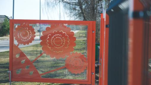 Naujos tvoros ir nuotaikingi vartai šiemet papuoš ir likusius 7 Alytaus darželius