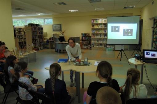 """Kitokia biblioteka: edukacinis renginys-ekskursija """"Šiauliai, laikas ir laikrodžiai"""""""