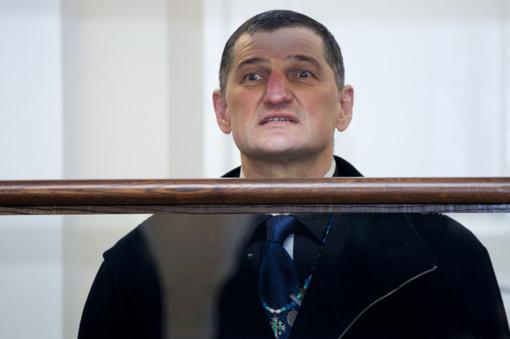 """Teismas atmetė su """"daktarų"""" grupuote sieto Mongolo našlės skundą dėl H. Daktaro šmeižto"""