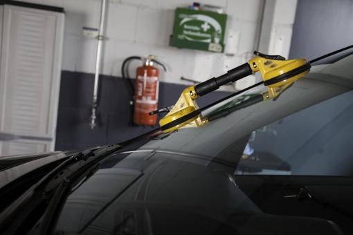 Ar vis dar populiarūs tamsinti automobilių stiklai?