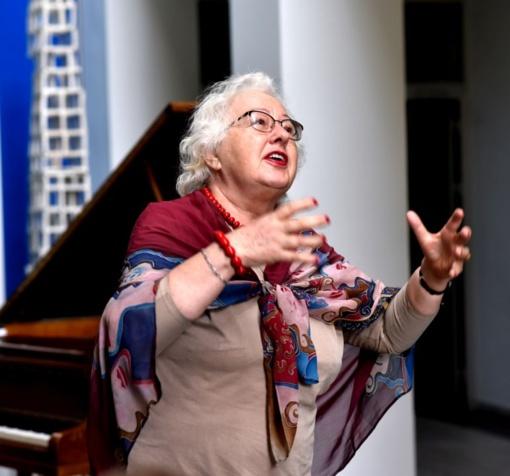 """Pianistė Veronika Vitaitė: """"Pradžia mūsų profesijoje yra, pabaigos – nėra"""""""