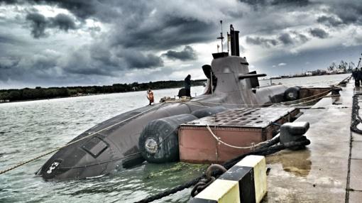 """Vokietijos karinių jūrų pajėgų povandeninis karo laivas """"U-31"""" prisišvartavo Klaipėdos jūrų uoste (vaizdo įrašas)"""