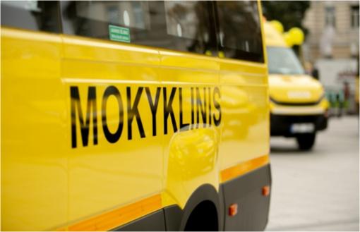 """""""Mokyklinis"""" autobusas paveža ir Kauno miesto moksleivius"""