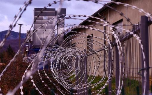 Teisingumo ministras: bus griežtinama laisvėje dirbančių nuteistųjų priežiūra