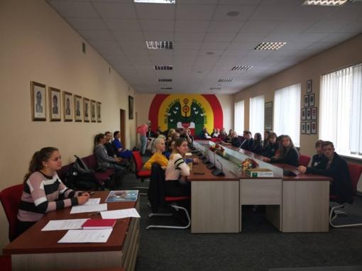 Į jaunimo asamblėją rinkosi jaunimo organizacijos ir Jaunimo reikalų taryba