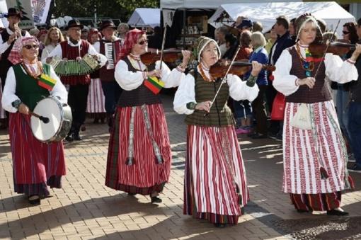 """Tarptautinis folkloro festivalis """"Palangos miestely"""" savaitgalį nuspalvins liaudiškomis melodijomis"""