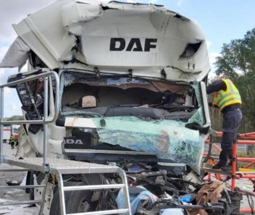 Vokietijoje sunkvežimio avarijoje žuvo du jurbarkiečiai