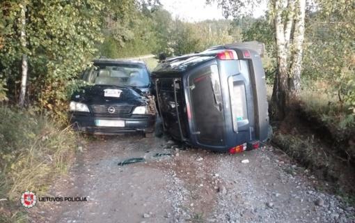 Savaitės eismo įvykiai – kas trečias dėl saugaus greičio nesilaikymo