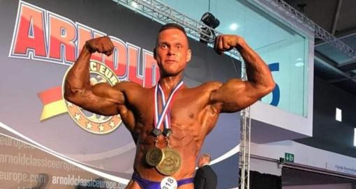 """Kultūristas T. Kairys - absoliutus """"Arnold Classic Europe"""" čempionas"""