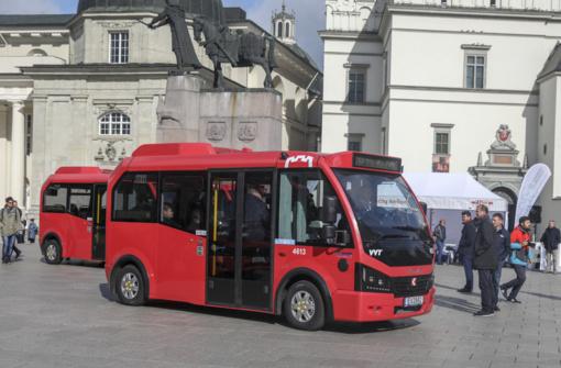 Vilnius Tarptautinę dieną be automobilio kviečia keliauti nemokamu viešuoju transportu
