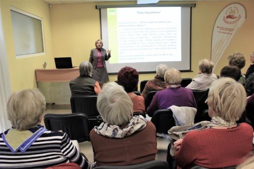 Ligonių kasų atstovė susitiko su Joniškio Trečiojo amžiaus universiteto bendruomene