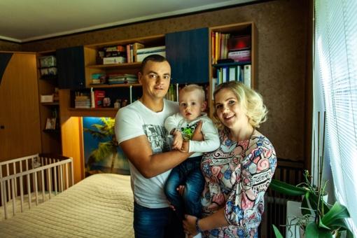 Trijų asmenų šeima dalijasi vienu miegamuoju: dizainerės patarimai