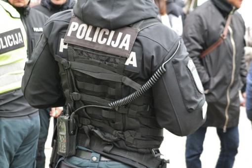 Policija: sulaukta 50 pranešimų apie izoliacijos nesilaikančius asmenis