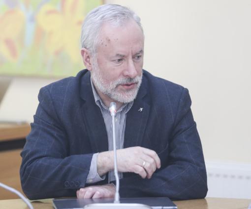 Seimas sutinka su J. Razmos siūlymu dėl tyrimo komisijų sudarymo