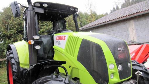 Anykščių rajone degė traktorius
