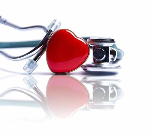 Su vaistais nuo širdies ligų nedera česnakas, ginkmedžio preparatai ir ženšenis