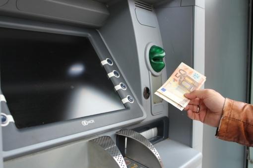 Tauragės bankomatuose – netikri pinigai