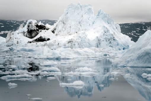 Italija evakuoja žmones, uždaro kelius – gali subyrėti Monblano ledynas