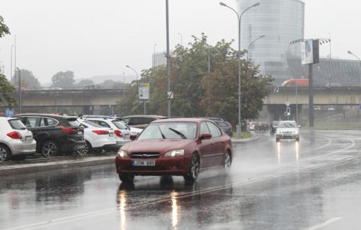 Tyrimai rodo: jei pagalbą kviestų automobilis, mirtingumas keliuose sumažėtų bent 4 proc.