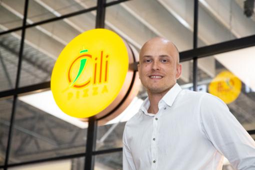 Apklausa: lietuviai pirmenybę teikia lietuviškiems restoranų tinklams