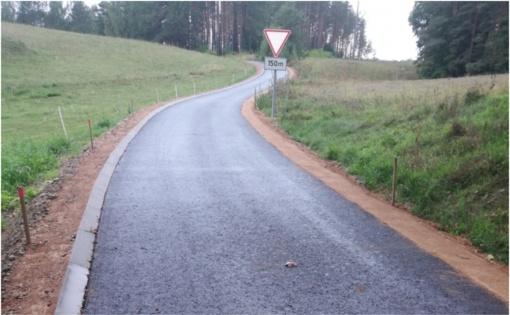 Nutiestas naujas pėsčiųjų ir dviračių takas nuo Štadvilių kaimo Zarasų miesto link