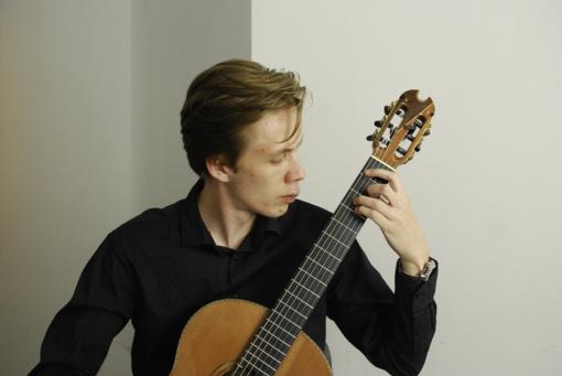 Europos LIONS muzikos konkurse Lietuvai atstovauja V.Raginskis iš VDU Muzikos akademijos