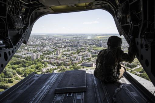 Atrankoje trims naujiems kariniams miesteliams pastatyti dalyvavo 7 Lietuvos ir užsienio bendrovės