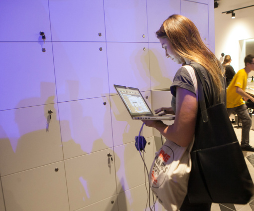 Beveik trečdalis lietuvių prisipažįsta esantys priklausomi nuo interneto