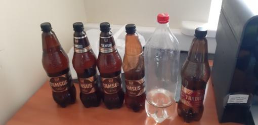 Iš telšiškio konfiskuoti alkoholiniai gėrimai