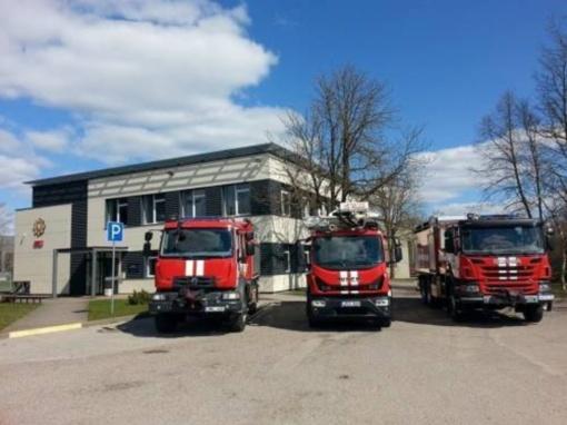 Sugedus dujų balionui iškviesti ugniagesiai