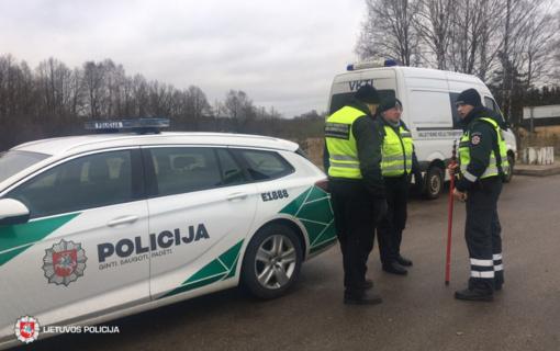 Policija primena rudeniškus iššūkius keliuose