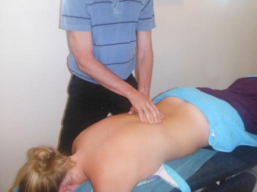 Apibrėžta ką turi žinoti ir gebėti gydymo paslaugą teikiantis masažuotojas