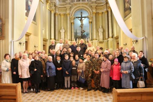 Joniškio bendruomenė dėkojo išvykstančiam Švč. Mergelės Marijos Ėmimo į dangų bažnyčios dekanui Eduardui  Semaškai
