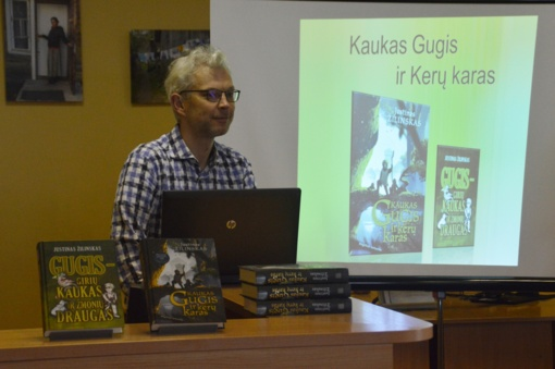 Svečiavosi knygų apie Kauką Gugį autorius Justinas Žilinskas