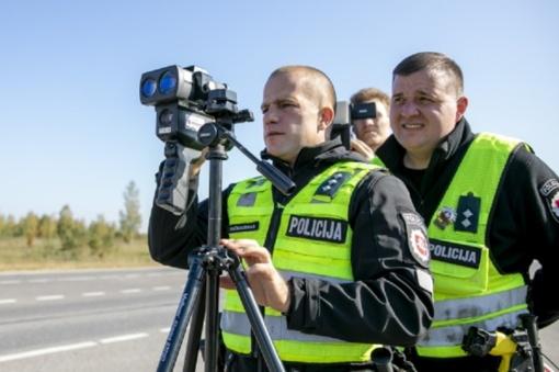 Pinigų stoka kitąmet vėl neleis pakelti policijos pareigūnų algų iki tūkstančio eurų