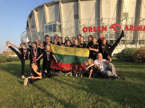 Šiaulių šokėjai raškė medalius pasaulio čempionate (vaizdo įrašas)