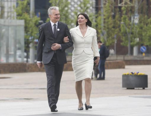 Prezidentas G. Nausėda su žmona išvyko į Japoniją