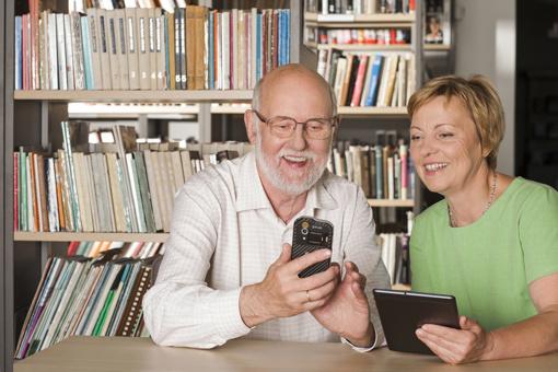 Senjorai skatinami atrasti skaitmeninę aplinką