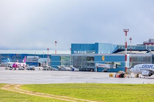 Šalia Vilniaus oro uosto baigiama statyti daugiafunkcė stovėjimo aikštelė