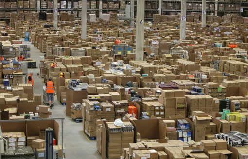 """Buvęs darbuotojas darbą """"Amazon"""" sandėliuose pavadino """"100 pragaro dienų"""""""