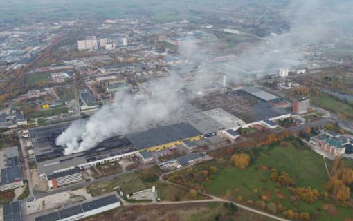 Prokuratūra užšaldė Alytuje degusios padangų perdirbimo įmonės sąskaitas