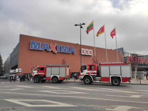"""Aliarmas Kauno centre: evakuojamas """"Akropolis"""""""