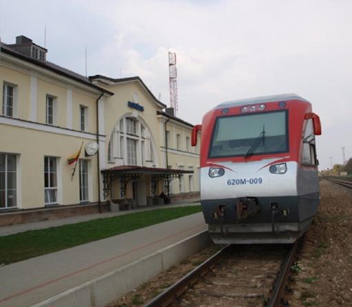 Nuo sekmadienio traukiniai kursuos žiemos laiku