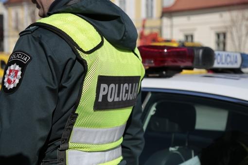 Automobiliu važiavę asmenys turėjo narkotikų