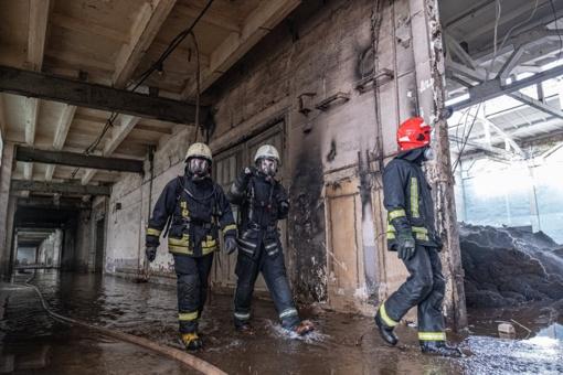 Parama Alytaus gaisrą gesinantiems ugniagesiams perkopė 70 000 eurų