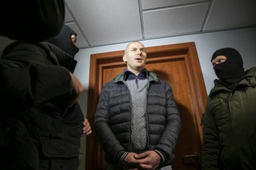 Įtariama, kad Kauno policininkas D. Karalukas galėjo paimti kyšių už daugiau nei 10 000 eurų