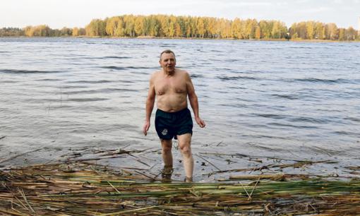 """Kodėl Anicetas Kairių ežerą """"kaitina""""?  (Vaizdo įrašas)"""