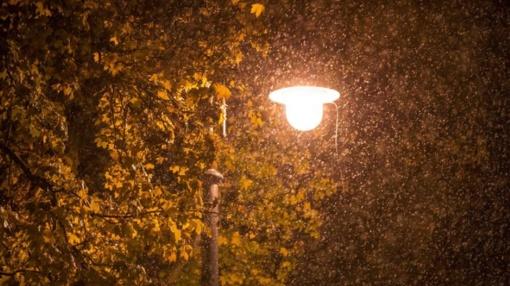 Išsami orų prognozė: bobų vasara mus palieka, iš dangaus gali pabirti šlapios snaigės