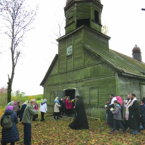 Šimtametėje Girelės cerkvėje – šventinės pamaldos